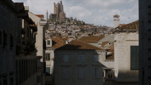 I really liked the periodic views of the Red Keep as Cersei gets closer to it.