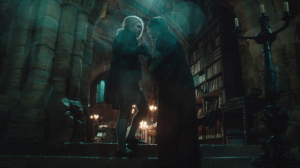 Jonathan Strange and Mr. Norrell in the library at Hurtfew.